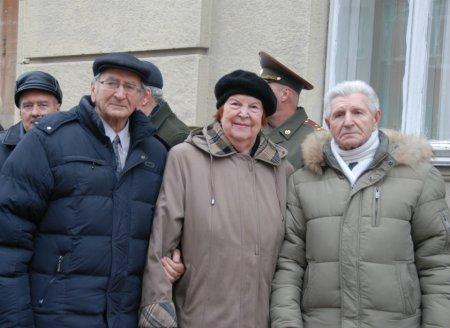 С юбилеем Нину Аркадьевну Ущеву – журналиста и просветителя!