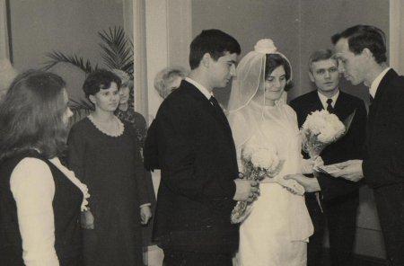 Поздравляем супругов Златогорских
