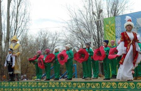 В Алгае праздновали Науруз