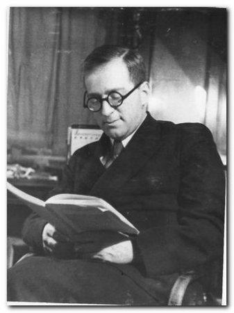 ГУКОВСКИЙ Григорий Александрович