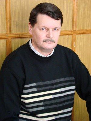 КРЕМЕР Валерий Адольфович