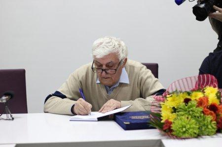 Сергей Суровов помог с изданием книги известного тележурналиста