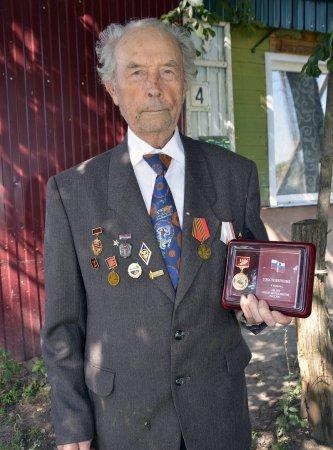 Медаль - ветерану журналистики