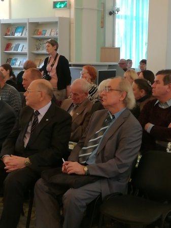 Литературный Собор в Саратове. С кем вы, мастера культуры?