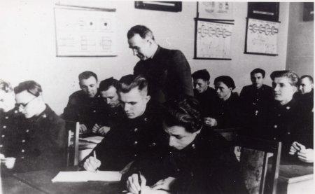 Первый в стране - о создателе и первом директоре  Народного музея Ю.А. Гагарина